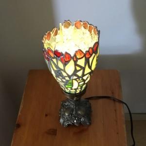 赤い花のランプ