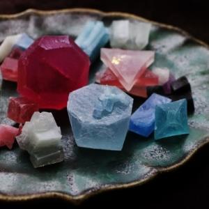 琥珀糖×鉱物 ハラペコラボ