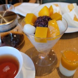 マンゴー尽くし・源吉兆庵のカフェレストラン/銀座