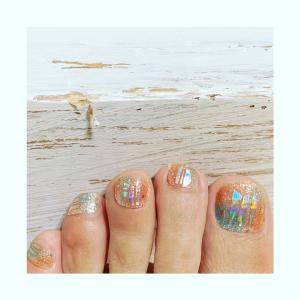 〓 アラフィフの足が綺麗に見えるネイル