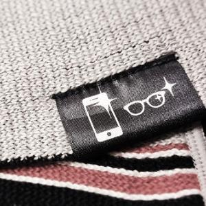 【お買物マラソン】眼鏡もスマホも拭けるハンカチが便利