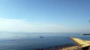 朝の地域の清掃・・・江井ヶ島海岸