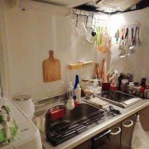 極狭キッチンからこんにちは︰今日もお粥さん