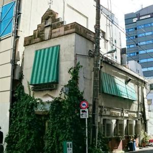 オフィス街で異彩を放つ喫茶店*カフェラフレッサ(新日本橋)