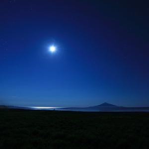 北海道 満月と星空