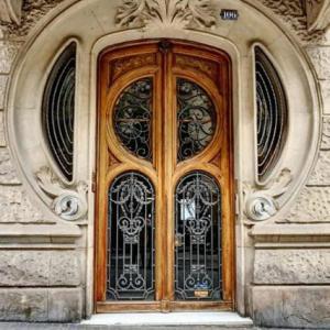 バルセロナの玄関扉
