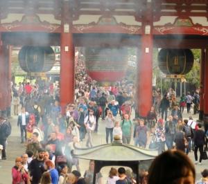 浅草寺をぶらり~、、。