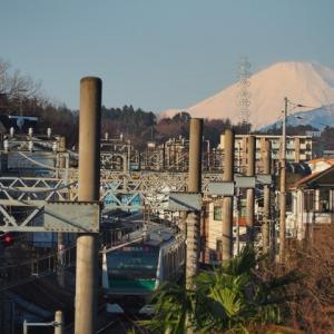 冬の「相鉄線と富士山」、、。