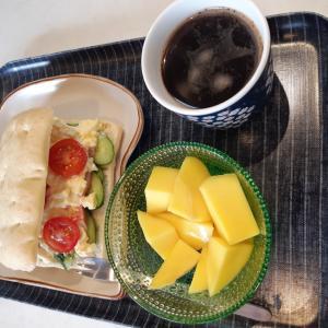 フォカッチャサンドで朝ご飯♪