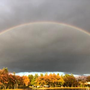 暗雲と虹と雨と艱難と光と!