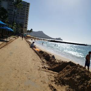 砂浜がなくなりそうなハワイのビーチ☠