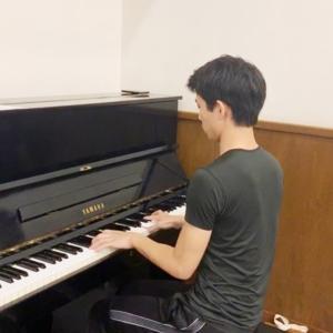 ピアノと共に