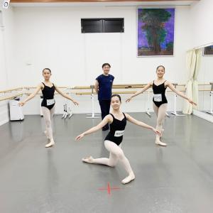 Swan International Ballet School WS & 個人指導