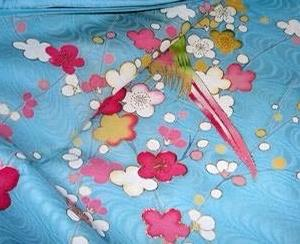 過去blogに見る親子三代の梅の訪問着