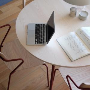 M-CRAFT 老舗家具メーカーの最高品質の木製ダイニングテーブル