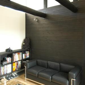 化粧丸太と杉板壁の趣味室!