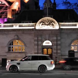 AGはBARにいる ~パリ・ロンドン過去の記憶から現在へ~