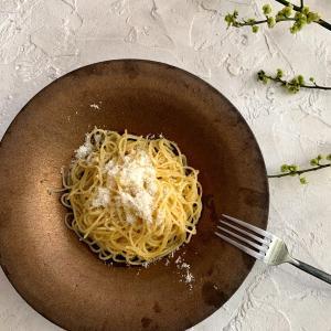 茹で時間+3分で完成!青じそとパルメザンチーズのパスタ