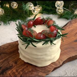 ケーキみたいなシーフードサンドでおもてなし スモーガストルタ