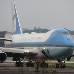 伊丹空港から大統領専用機エアフォースワン離陸