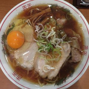共楽@銀座 「焼豚ワンタン生卵麺 普通」