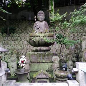 ホリプロ隣のお寺