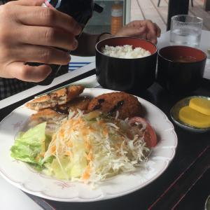 ミックスフライ定食が税込み500円!