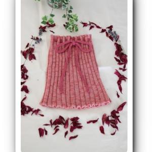 ピンク色のアルパカ糸の腹巻 販売中