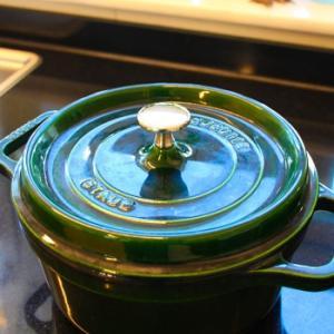 ストウブ鍋で無水調理 じゃがいもの煮物