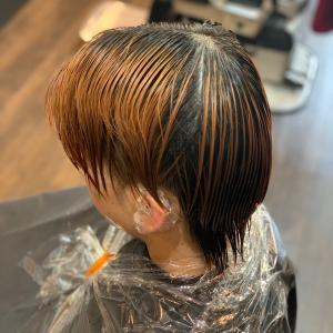 新生毛リタッチ一撃ブリーチで綺麗に繋ぐ切れ毛、ちり毛はナッシング艶艶仕上げ#一撃ブ...