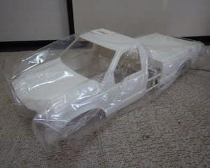 タミヤ フォードF350未組立てボディ売ります!