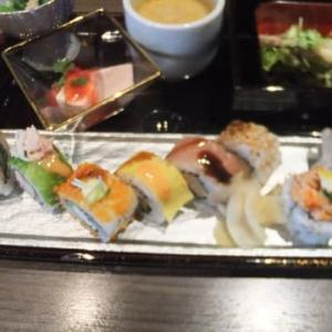 銀座の寿司ロールランチ