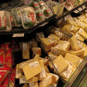 リン酸塩使用のチーズは危ない。