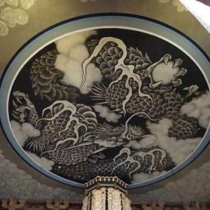建長寺の天井絵は見事です