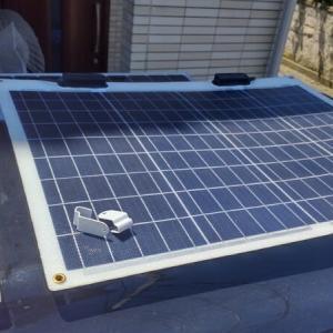 ☆★アトレーワゴン車中泊DIY・・追加したソーラーパネルの配線、サイドラックを少々加工