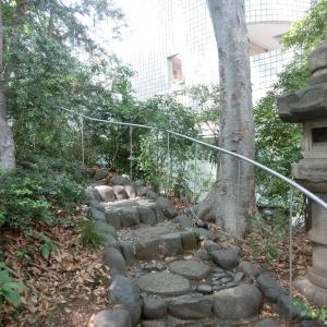 西郷従道邸跡の「西郷山公園」と復元庭園「菅刈公園」