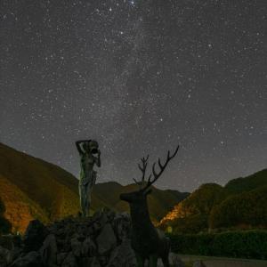 みずがき湖での星景写真 カシオペア付近の天の川