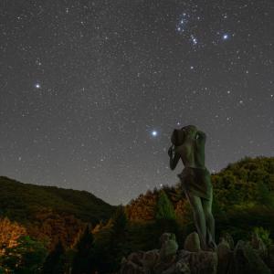 みずがき湖での星景写真 昇ってきた冬の大三角 (2)