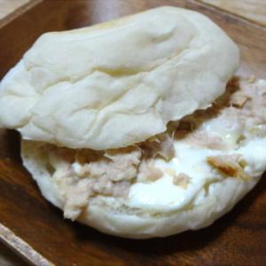 ツナクリームチーズサンド