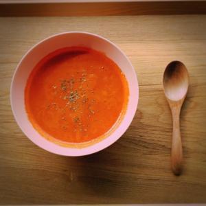 人参とトマトのスープ