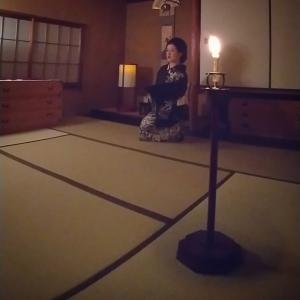 和室に蝋燭を灯して…