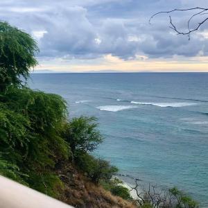 モロカイ、マウイ、ラナイ島が見えました!
