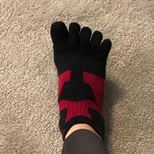 足指でグーチョキパ
