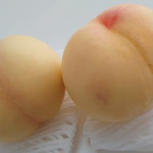夏を香る桃のような肌にするにはペチュニアとエアブラシメイクです