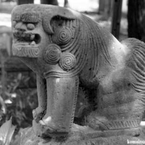 狛犬たちのモノローグ  File1002  日月神社