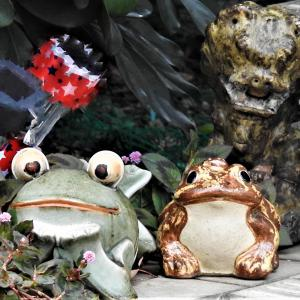 カエルの置物 感動感激感謝写真