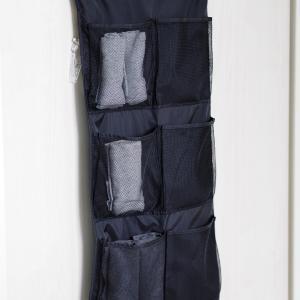 インナーや靴下などの小物を吊るして収納するメリット