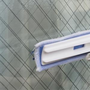 窓掃除、手に持つアイテムはこれひとつ