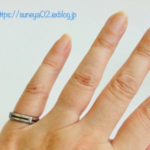 結婚指輪に時の流れを見た