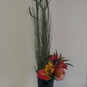 アトリエ作品と 爽やかなお花たち♪